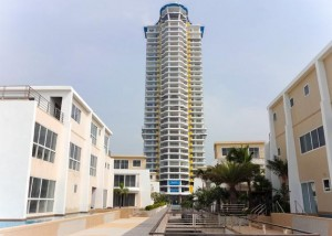 La-Royale-Beach-Condominium